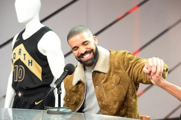 Drake raptors announce welcome toronto program give for Drake program