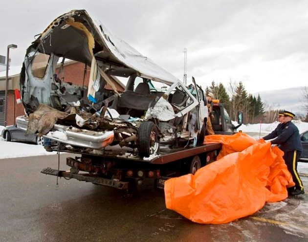 14 dead in Canada hockey bus crash
