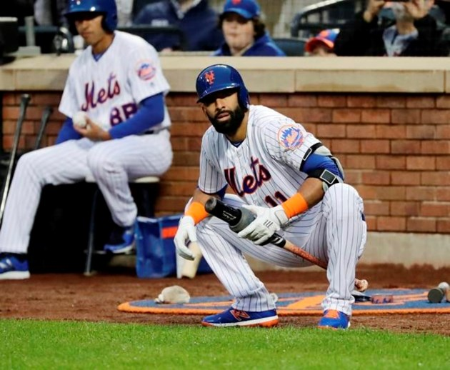 finest selection aaaa7 af8fb Mets sign Bautista, recently cut Braves, doubles in 1st AB ...