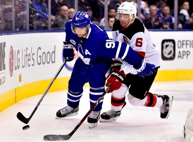 64f62d557 Maple Leafs rely on balanced scoring to dump Devils 6-1 in Hall of ...