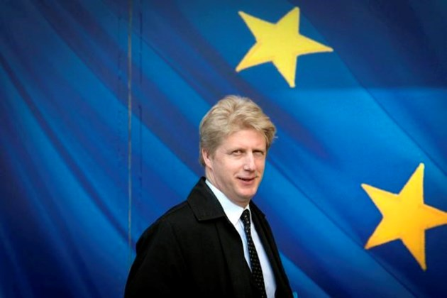 Sterling hammered by Jo Johnson resignation