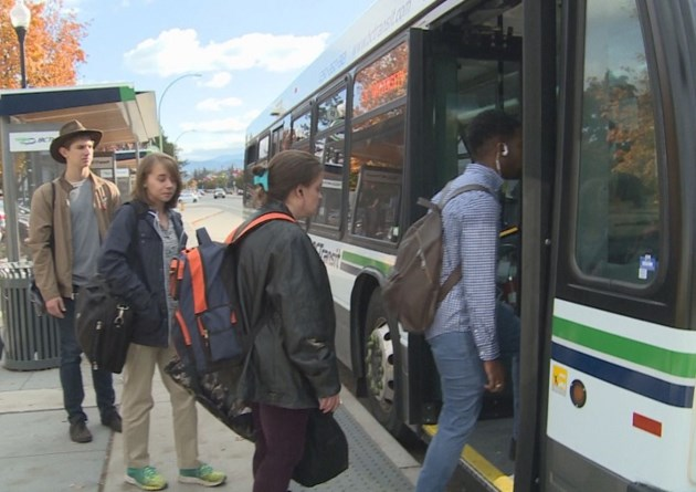 kelowna-bc-transit-bus