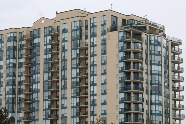 USED 2019-03-14 Waterfront condos RB