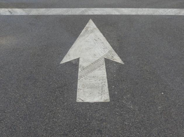 USED 2019-02-12-arrow