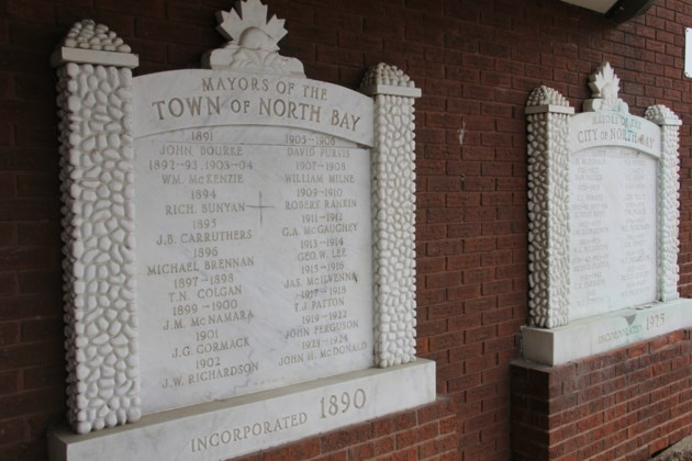 USED 2018-04-12goodmorning   7 Town of North Bay Mayors 1891-1905 plaque. Photo by Brenda Turl for BayToday.