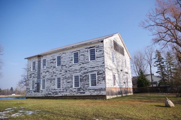 USED 181213beaverdams-church