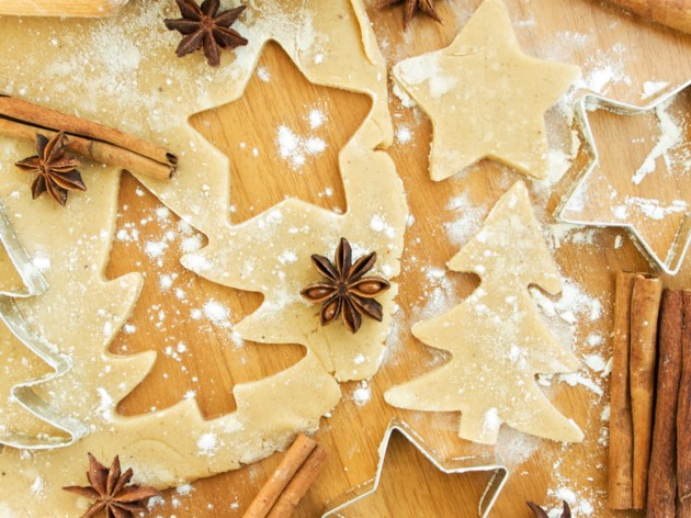 Christmas baking AdobeStock