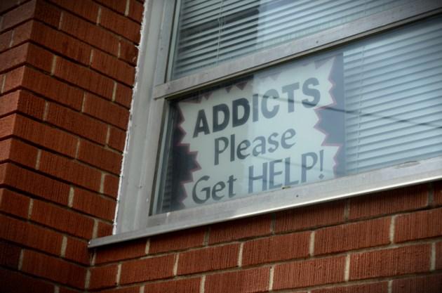 AddictsGetHelpSign