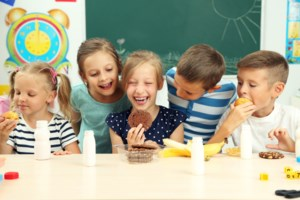 <b>BEYOND LOCAL:</b> The recipe for a successful Canadian school food program
