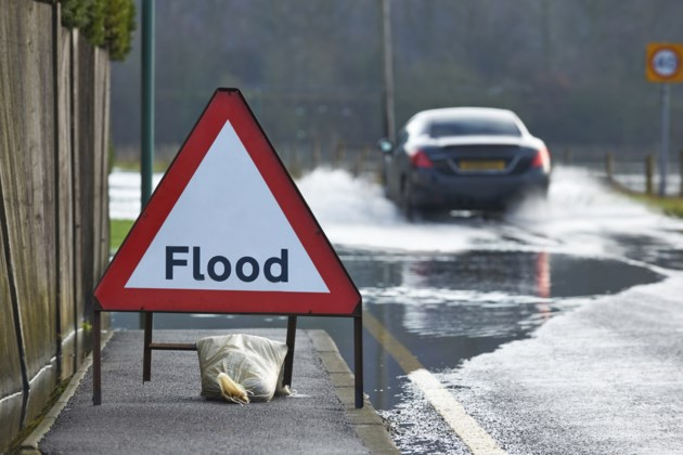 FloodSignCar