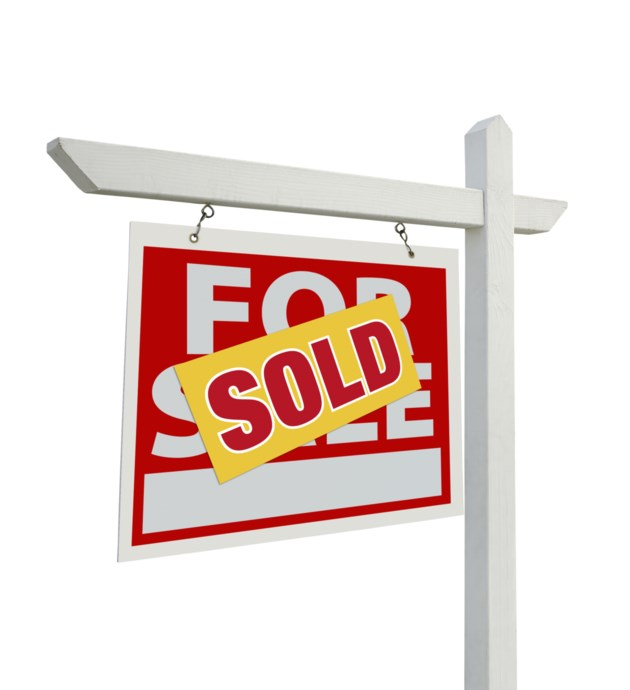 For Sale Sold Sign: Will Tighter Mortgage Rules Cool Barrie's Hot Real Estate