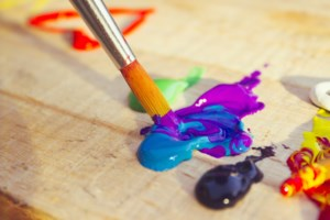 An art therapy workshop to end the silence