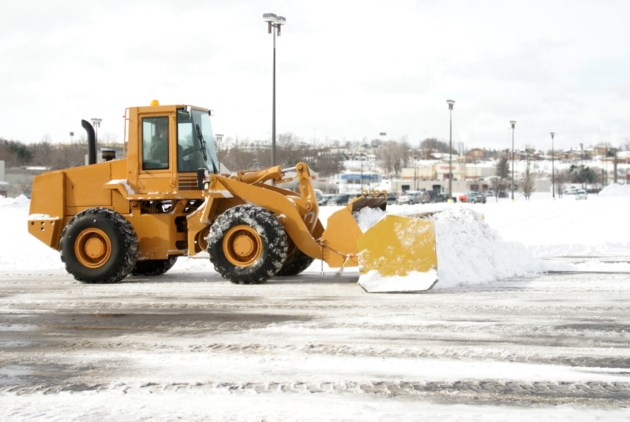 Snow removal AdobeStock