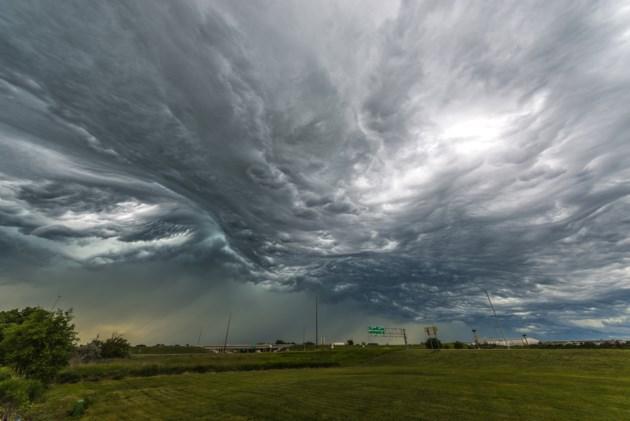TornadoForming