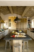 <b>Debbie Travis' House to Home: </b>The big kitchen