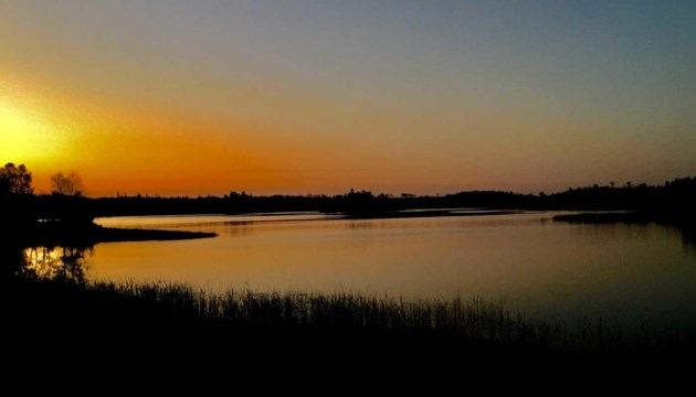 kanipahow_cabins_sunrise