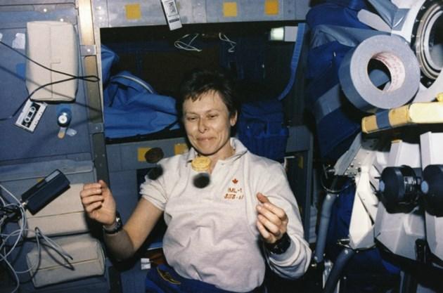 Roberta Bondar space flights 1992 SSMPL