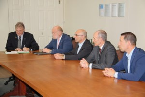 New partnership could create up to 100 good-paying information technology jobs in Sault <b>(3 photos)</b>