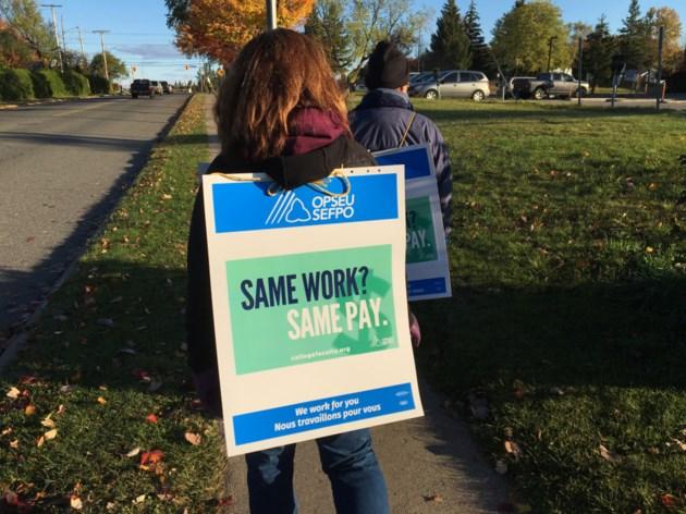 20171016-Sault College strike-DT-05