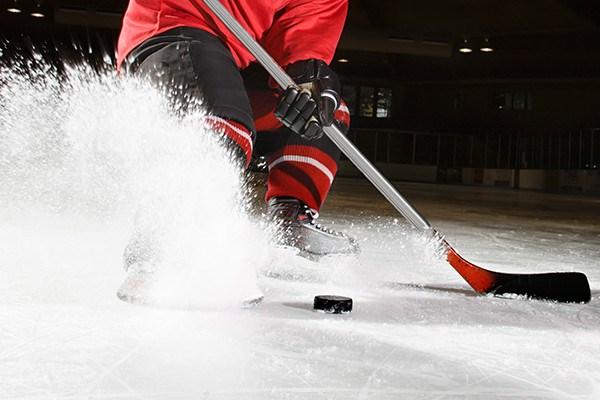sports_hockey_ice_spray_notext