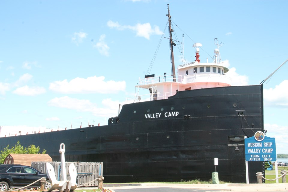 Fascinating Display For Tourists In Sault Michigan 18
