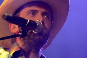Photos: Dean Brody brings a little something country to Nickel City