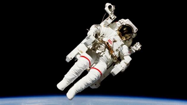 080217_astronaut-sized