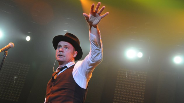 Tragically Hip frontman Gord Downie has died