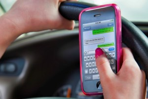 Ontario boosting penalties for careless and distracted drivers