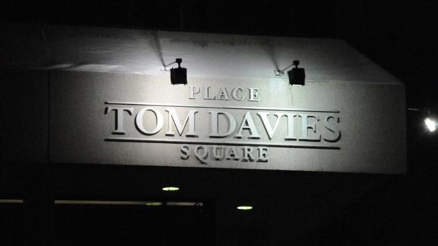 270617_tom-davies-square_night