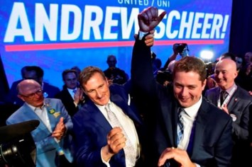 New Conservative leader Andrew Scheer no stranger to making political history