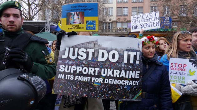 060814_Ukraine_Protests
