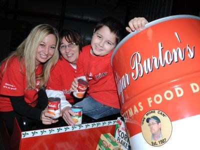 201212_MS_Edgar_Burton_Food_Drive_2