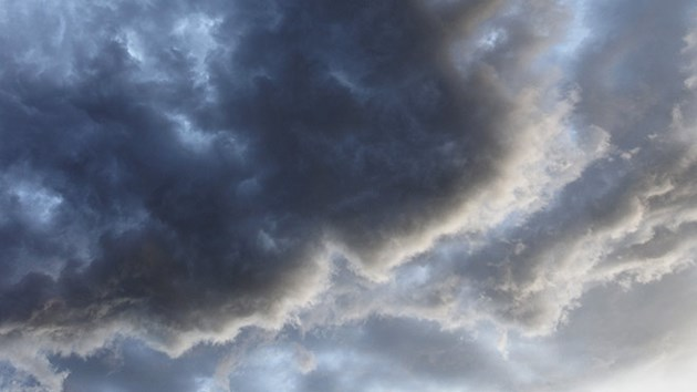 StormCloudsHC1404_X_300_C_R