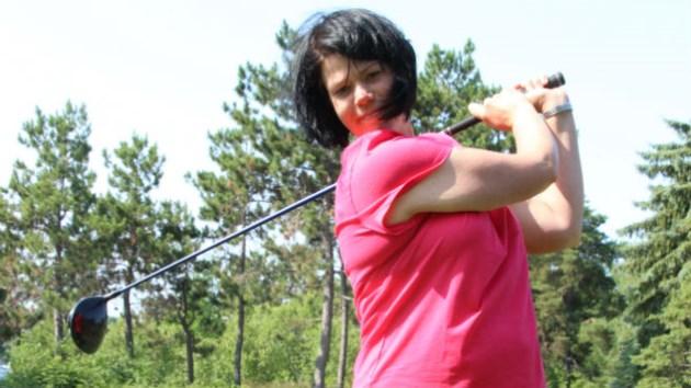 250714_JM_pink_golf2
