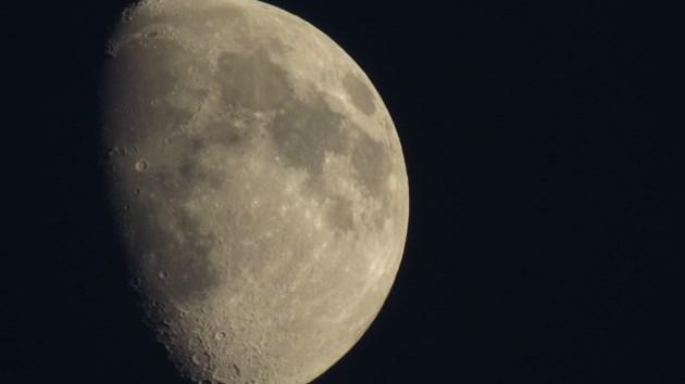 100814_Moon660