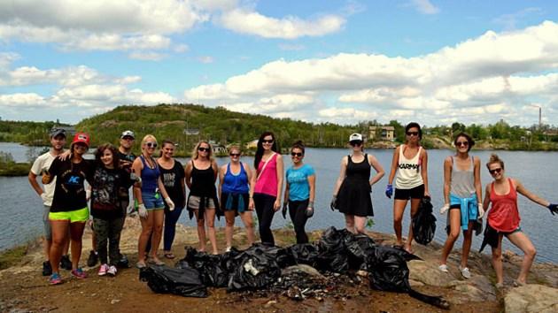 270814_beach_cleanup
