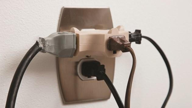 300915_plug_outlet