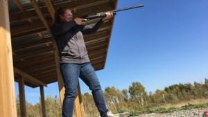 Staff Tries: We shoot guns!