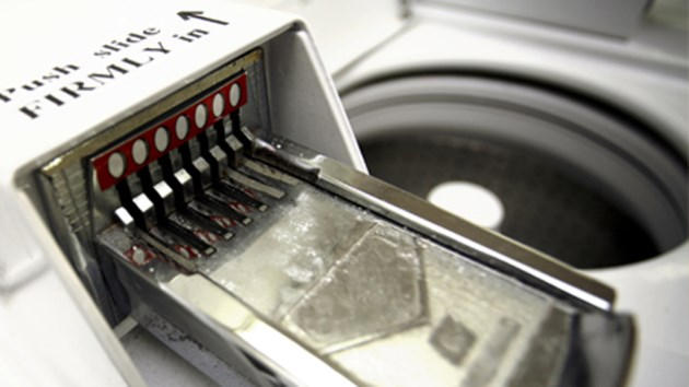 120118_laundry_coin