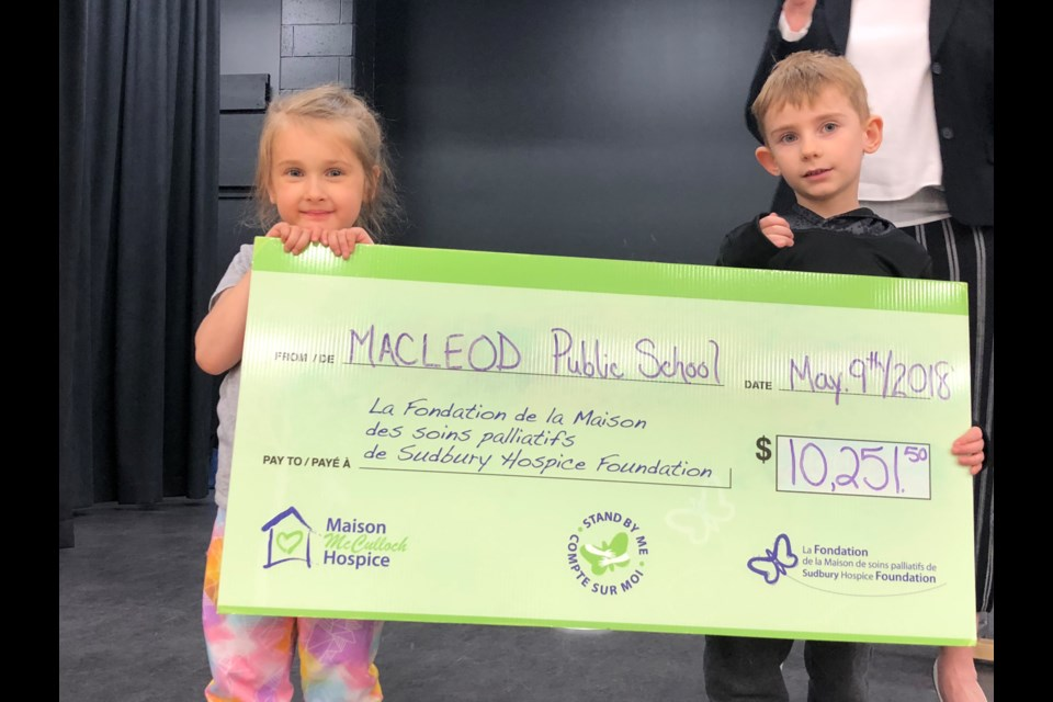 Students from MacLeod Public School generously donated more than $10,000 to Maison McCulloch Hospice recently. (Supplied)