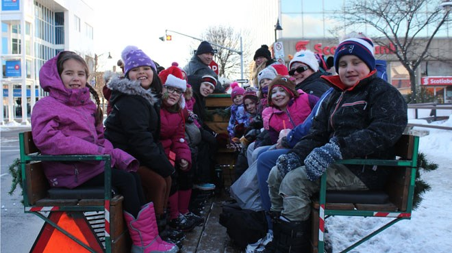 Horse and Carriage riders at the 2018 Santa Watch Party (Keira Ferguson/ Sudbury.com)