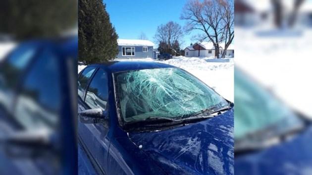 150219_smashed_windshield_layered