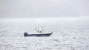 <updated>Video:</updated> Police continue to search Fairbank Lake for float plane pilot