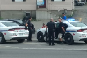 <updated>VIDEO:</updated> High-stakes traffic stop on the Kingsway recovers stolen vehicle