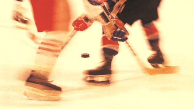 030914_hockey_blur