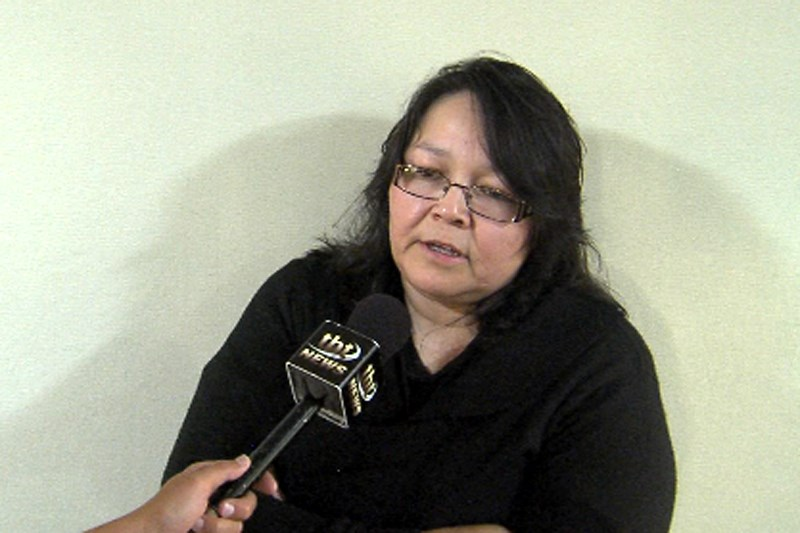 Angele Kamalatisit (Molly Frommer, TBTV).
