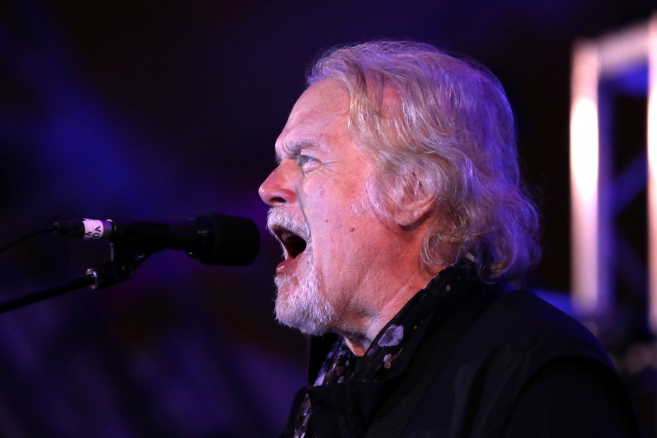 Randy Bachman closes out the 2017 Thunder Bay Blues Festival on Sunday, July 9, 2017 at Marina Park (Leith Dunick, tbnewswatch.com).