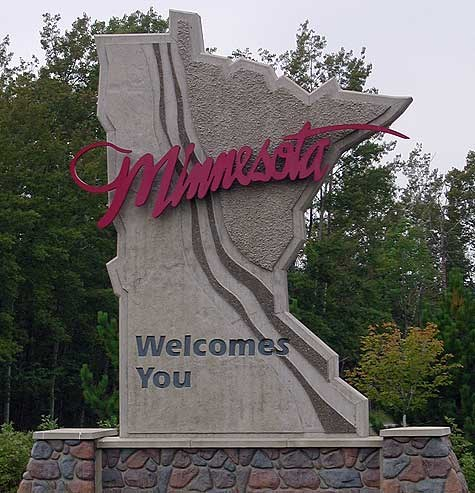 Minnesota-Welcome-Sign