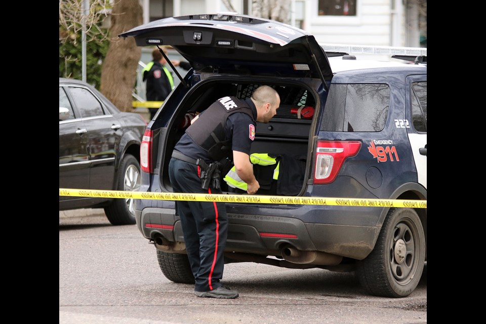 A Thunder Bay Police Service officer  at a crime scene in May of 2017 (File photo).